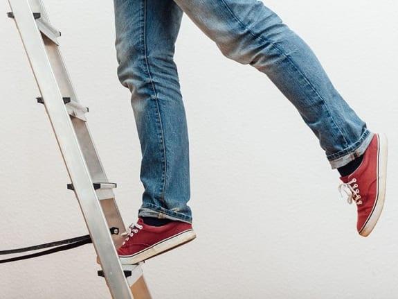 Clik-Clik Magnetic Sign Hanging System is Ladderless